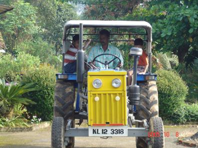kerala-wayanad-estate-tractor_ride.jpg