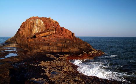 st-marys-island-rocks-sunset-udupi-malpe1.jpg