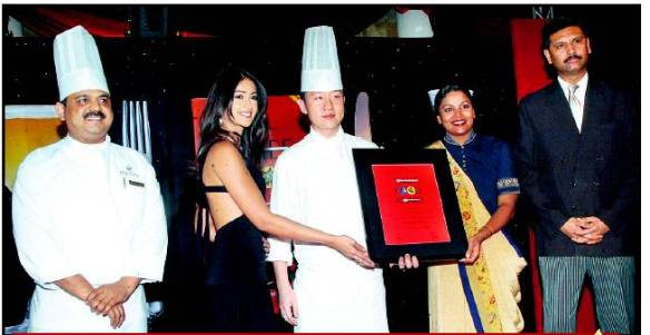 ilena-award-times-food-guide-bangalore-2008-launch-function.jpg