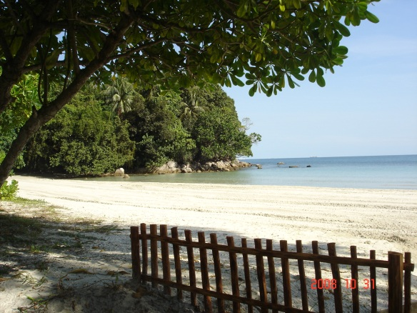 Mayang Sari Resort Beach